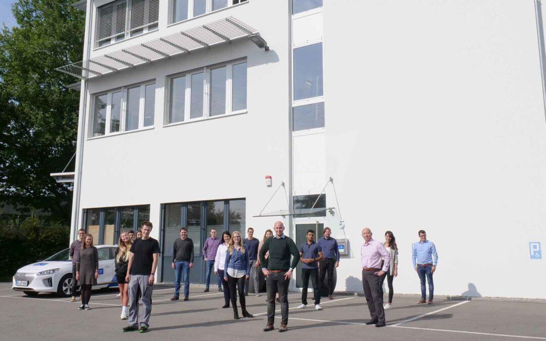 AVL SET heißt 18 neue Mitarbeitende willkommen